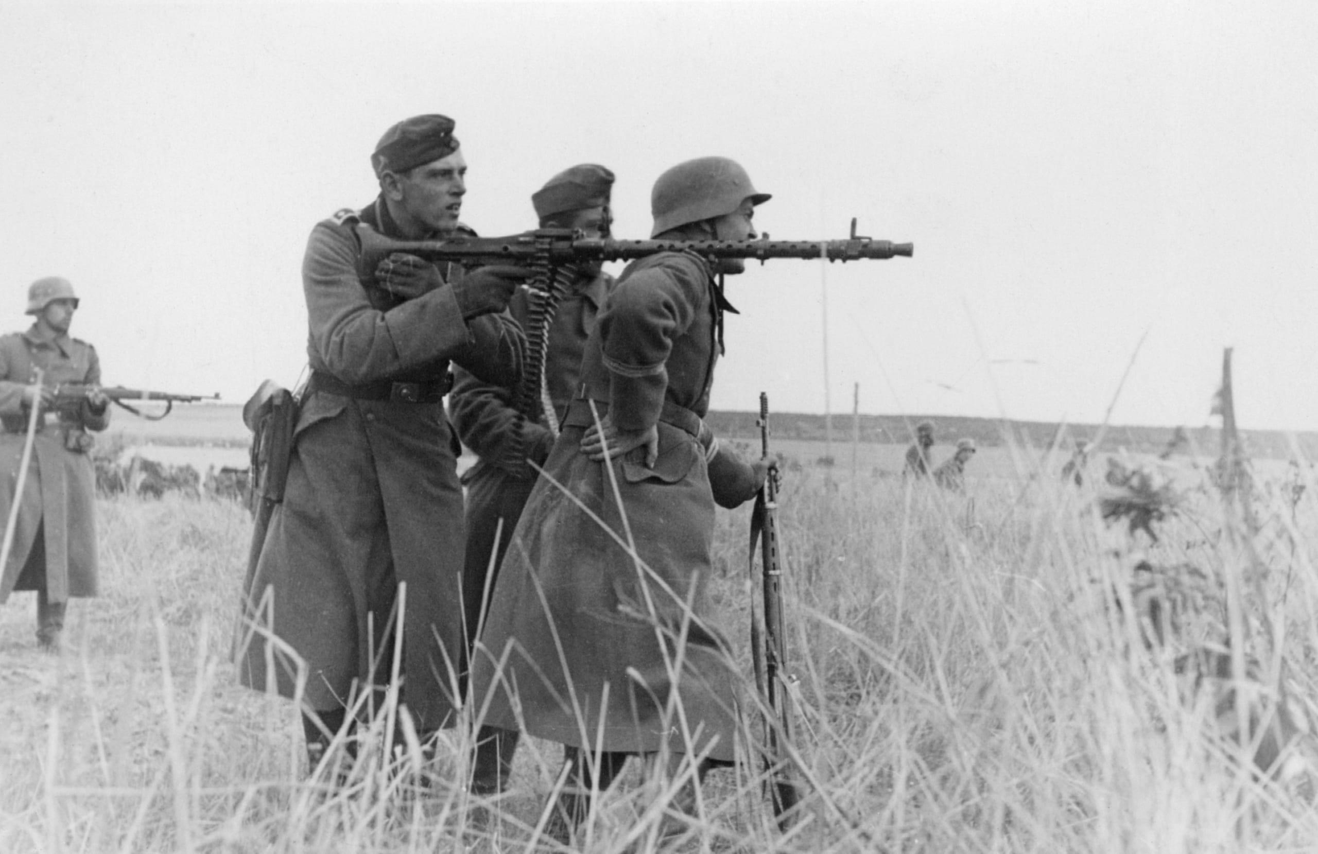 銃器大国ドイツが生んだ未来指向の名機関銃MG34