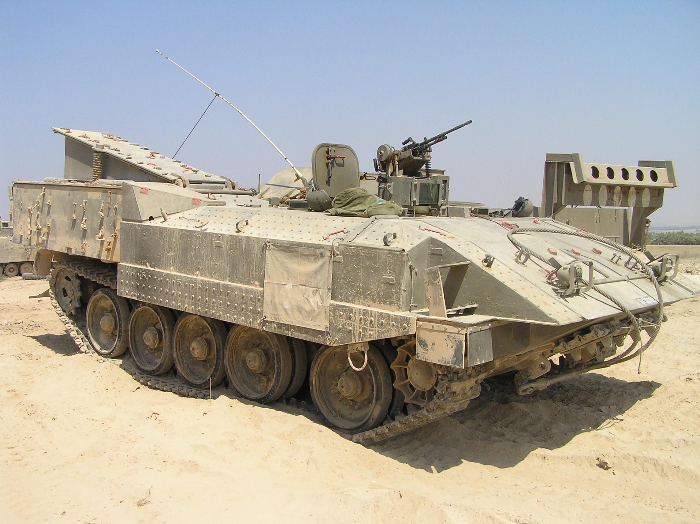 アチザリット装甲兵員輸送車