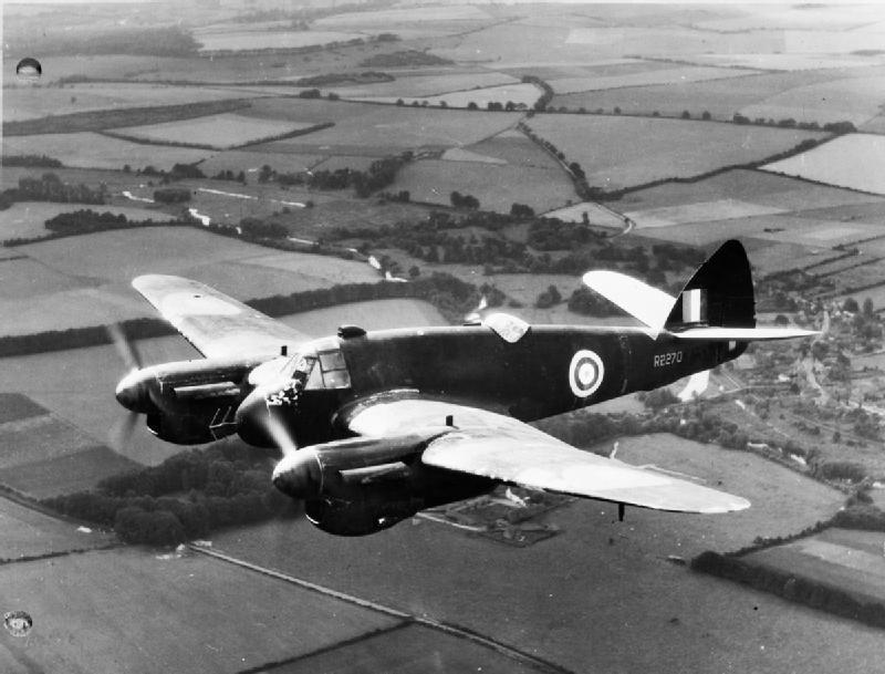 """ブリストル・ボーファイター×ジョン・ランドール・ダニエル・ブラハム(イギリス空軍)~""""ボー""""の愛称で初期の夜間戦闘機として大活躍"""