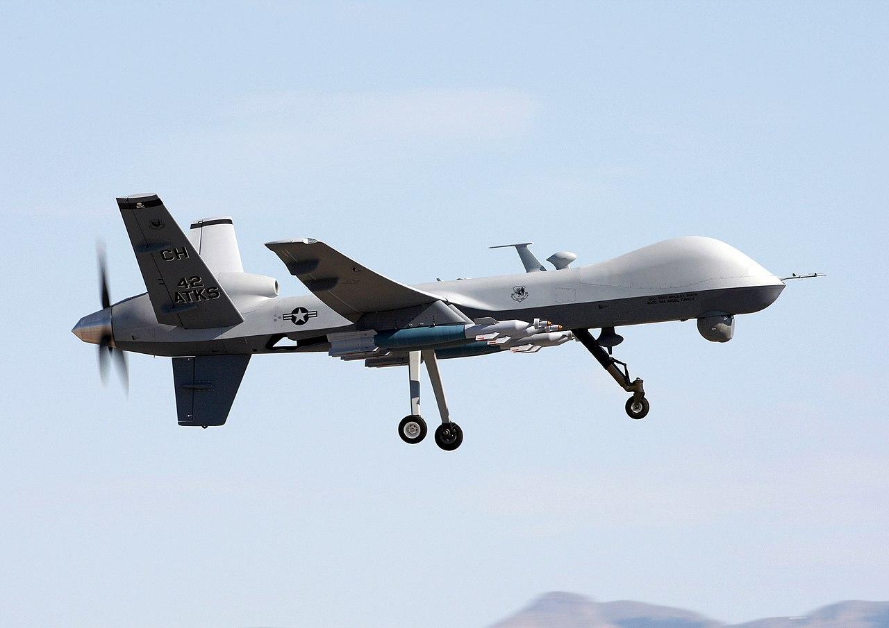 ドローンの進歩で推進される「戦場の無人化」「戦闘の遠隔操作化」