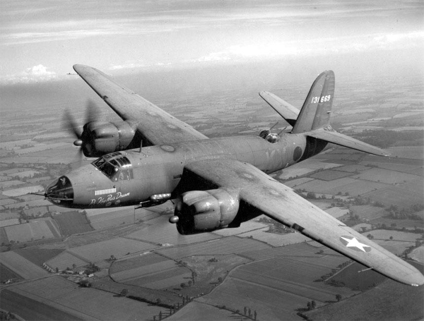 操縦の難しさで一時は「未亡人製造機」と呼ばれた高性能機:マーチンB-26マローダー