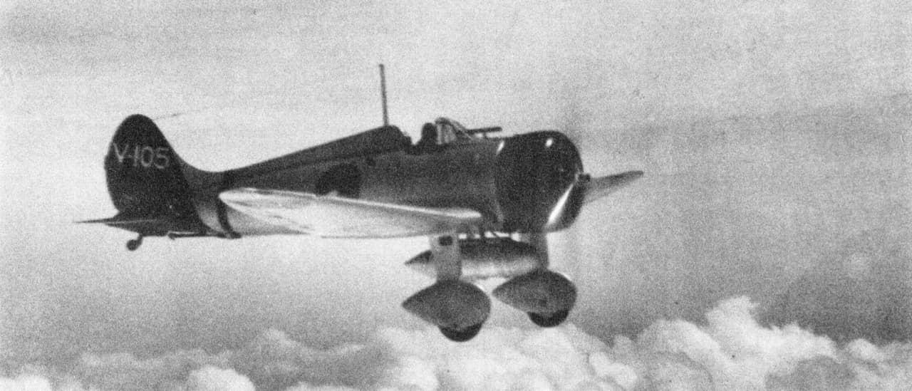 零戦の前段階に誕生した「もうひとつの傑作機」:96式艦上戦闘機(A5M)