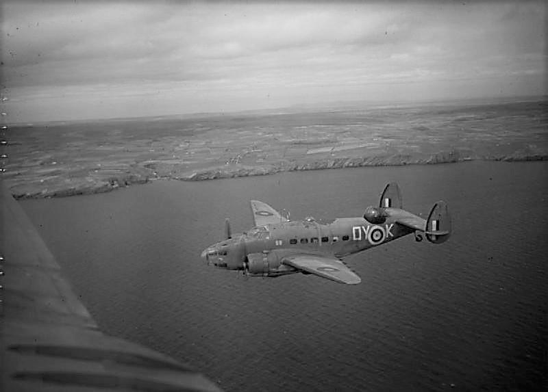 旅客機から大変身! 苦戦するイギリスを支えた隠れた名機:ロッキード・ハドソン
